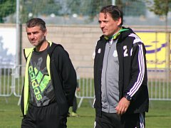 Trenér Zbuzan Jaromír Jindráček (vlevo) a jeho asistent Marek Kincl.