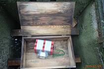 Pyrotechnici jeli likvidovat herní schránku v podobě bomby