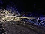 Zásahy mělnických hasičů v souvislosti se silným větrem.