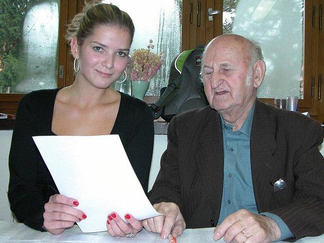 Předseda komise Vladimír Macek s místopředsedkyní Sabinou Zuzánkovou.