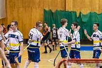POSTUP. Florbalisté Wolves Kralupy nakonec zúročili výborně rozehranou sezonu v jedné ze skupin společné pražské a středočeské ligy.