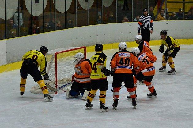Hokejisté Mělníka v krajské lize nestačili na Králův Dvůr a prohráli v prodloužení.