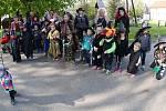 Tradiční průvod čarodějnic v Chodovlicích.