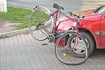 Srážka cyklisty a automobilu v Neratovicích.