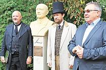 V Lobči si připomněli 90. výročí fúze Škody Plzeň s Laurin&Klement.