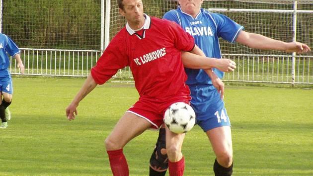 OP: V. Borek (v modrém) - Lobkovice