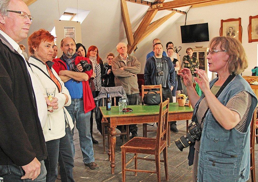 V Galerii Truhlárna v Kokoříně jsou k vidění snímky z fotosoutěže Zimní rozmary Kokořínska.