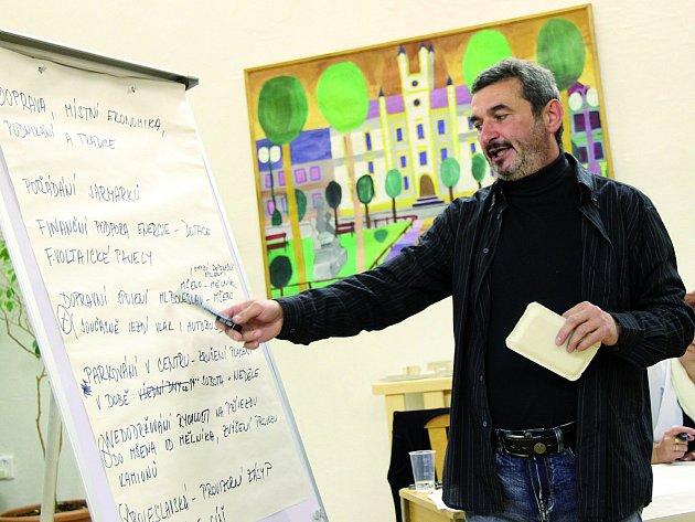 Lidé hledali deset nejzásadnějších problémů města Mšena.