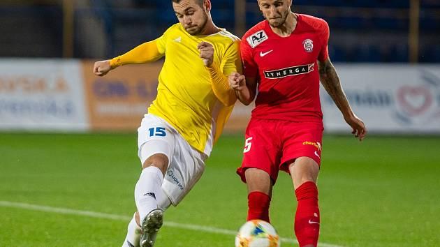 Stanislav Klobása (ve žlutém) v dresu druholigové Jihlavy.