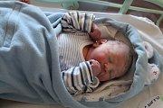 TOBIÁŠ COMPEL se rodičům Romanu Compelovi a Lucii Nehasilové z Kel narodil 23. srpna 2017 v mělnické porodnici, vážil 3,5 kilogramu a měřil 50 centimetrů. Doma se na něj těší 1,5letý Mikuláš.