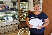 Výherce vylosovala Petra Matoušková z mělnického cukrářství na jejíž vodnický dort se může výherce těšit.