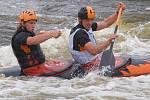 Český pohár ve vodním slalomu na umělém kanálu ve Veltrusech