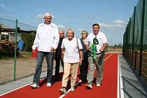 Slavná československá oštěpařka otevřela lužecké hřiště