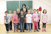 Žáci 1. třídy ZŠ Vysoká, třídní učitelka Blanka Uhrová