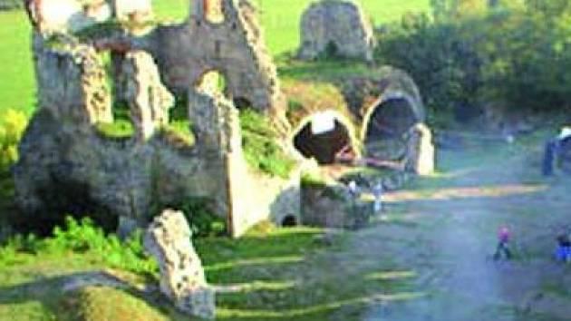 Před branami hradu se odehraje již šestý ročník festivalu.