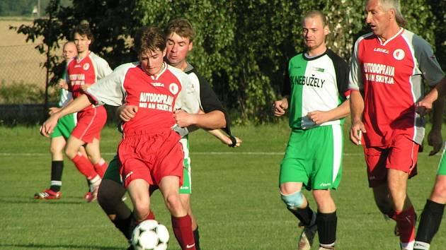 Z utkání úvodního kola 4. třídy Nebužely - Velký Borek B (0:3)