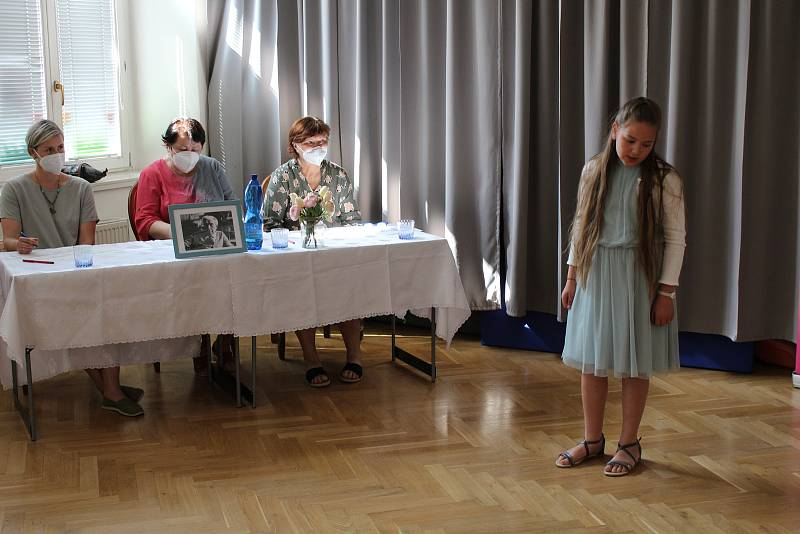 Z recitační soutěže Seifertovy Kralupy 2021