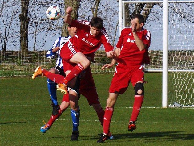 TJ Řepín - Dynamo Nelahozeves (0:0); 18. kolo I. B třídy; 19. dubna 2015
