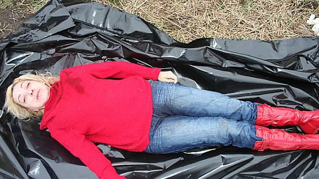POZNÁVÁTE oběť zločinu? Při pátrání po kontaktech a veškerých podrobnostech týkajících se pobytu zavražděné Vlasty Kuruts z Ukrajiny na území České republiky přivítají policejní vyšetřovatelé pomoc veřejnosti.
