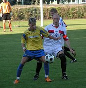Z utkání Neratovice (ve žlutém) - Kutná Hora (1:0).