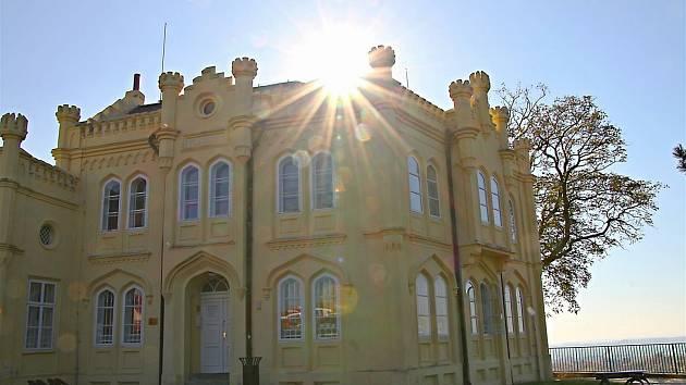 Vila Karola by se měla dočkat rekonstrukce.
