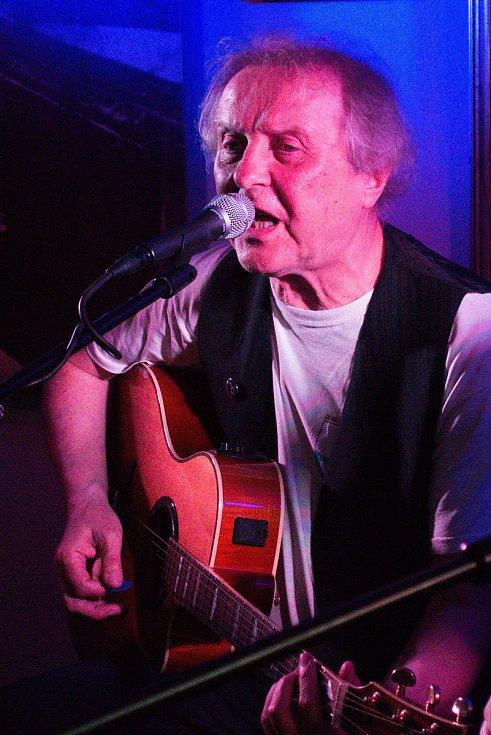 V Nostalgické myši v Šemanovicích vystoupil 4. června Luboš Pospíšil.