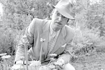 Tomáš Michálek má šatník ve stylu třicátých let.