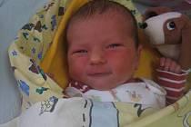 Eliška Březinová se rodičům Kateřině Huňkové a Adamu Březinovi z Mělníka narodila 3. prosince 2012, vážila 3,27 kg a měřila 50 cm.