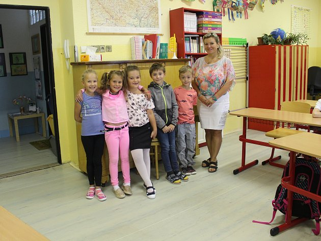 Žáci 1.třídy ZŠ Kojetice paní učitelky Pavlíny Komeštíkové.