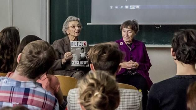 Do patnáctého ročníku projektu Příběhy bezpráví – měsíc filmu na školách se zapojí také školy na Mělnicku. Prostřednictvím této akce se žáci a studenti seznamují s moderními československými dějinami.