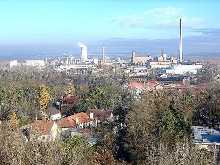 Pohled na areál společnosti Spolana Neratovice.