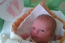 Beáta Bartůňková se rodičům Lence Orlíkové a Pavlu Bartůňkovi z Prahy narodila v mělnické porodnici 5. dubna 2013, vážila 2,85 kg a měřila 48 cm.