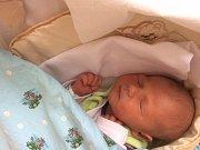 MIKOLÁŠ Funda se rodičům Ivaně a Lukášovi z Mělníka narodil v mělnické porodnici 5. dubna 2017, měřil 49 cm a vážil 3,12 kg.