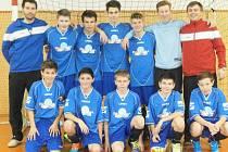 Tým FK Neratovice/Byškovice vyhrál úvodní turnaj letošní halové série pořádané FC Merkuria Lobkovice.