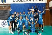 Volejbalisté Aero Odolena Voda po vítězném utkání s Příbramí.
