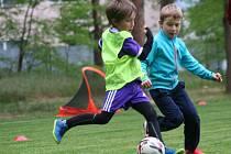 Fotbalisté mohou trénovat alespoň ve dvojicích, v Neratovicích této možnosti využijí.