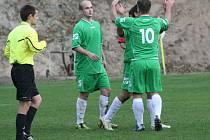 Okresní přebor: Kly (v zeleném) - Vojkovice