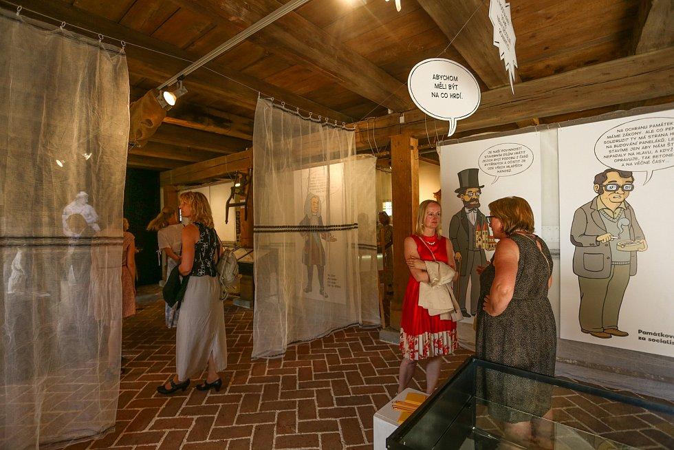 Ze slavnostního otevření hlavní budovy zámku Veltrusy v pátek 23. července 2021.