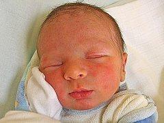 Vladyslav Romaniv se rodičům Haně a Ivanovi z Mělníka narodil 4. května 2011, vážil 3,42 kg a měřil 50 cm. Na brášku se těší 6letá Viktorija a 2letá Julija.