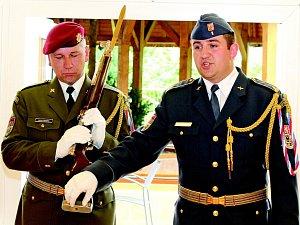 Čestná stráž Armády ČR v Neratovicích