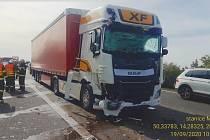 Nehoda na dálnici D8 u Mělníka.