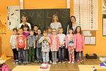 Žáci 1. třídy ZŠ Libiš paní učitelky Karly Baťhové.