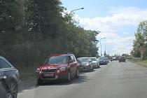 Během víkendu byl zcela uzavřen nový most přes Labe v Mělníku.