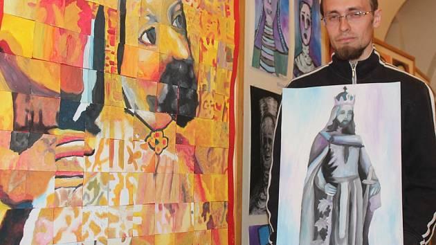 Vzpomínky na Karla IV. u příležitosti výročí sedmi set let od jeho narození zahájila v Mělníku výstava prací dětí z umělecké školy v regionálním muzeu. Výstava  Expedice Karel IV., která  potrvá do 29. května, je podle historika Lukáše Snopka zdařilá.