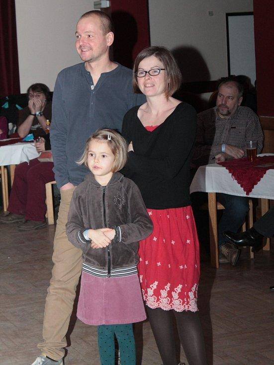 Na letošním Lednovém undergroundu v kralupské Vltavě se bavili i nejmenší návštěvníci.