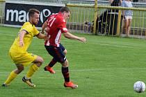 2+1. Jakub Malák (ve žlutém) stihl za druhý poločas dva góly a asistenci.