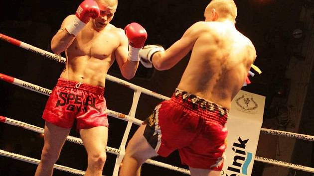 Jan Chroust na mělnickém galavečeru bojových umění.