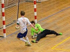Futsalisté Olympiku Mělník zdolali Liberec a vedou tabulku druhé ligy Západ o osm bodů.