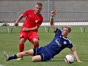 Fortuna divize B: Sokol Libiš (v modrém) - FK Ostrov