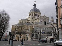Madrid, Catedrale de la Almudena.